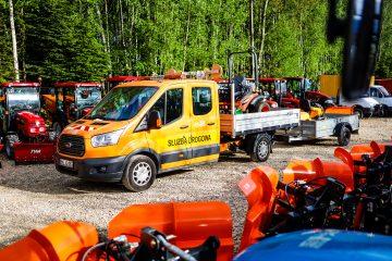 Ciągniki i maszyny komunalne