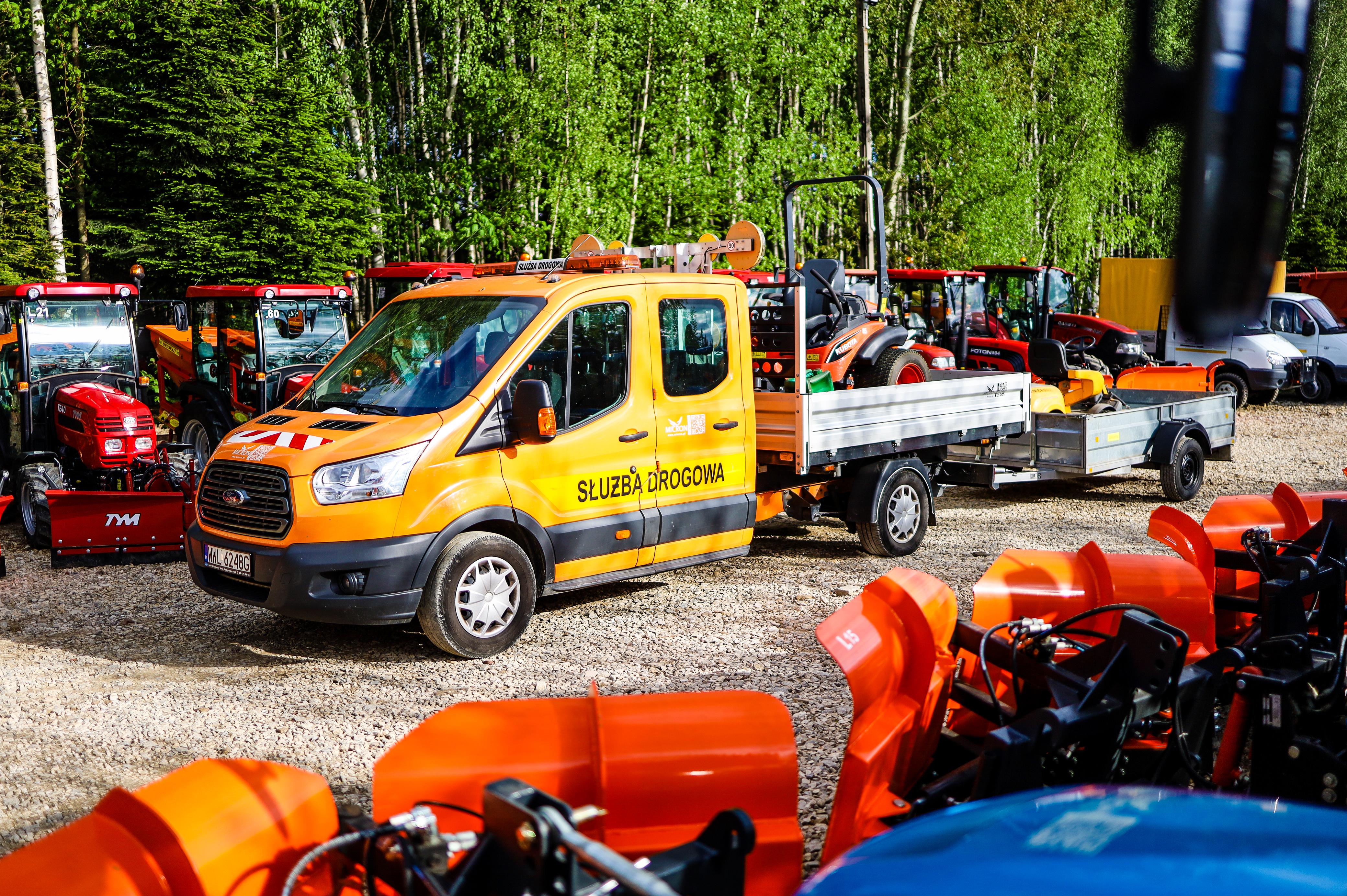 Roboty ziemne i usługi transportowe